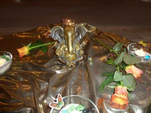 Familiensatsang mit Ganesha-Fantasiereise